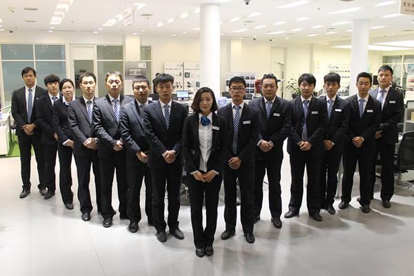 深圳某银行客服中心员工制服